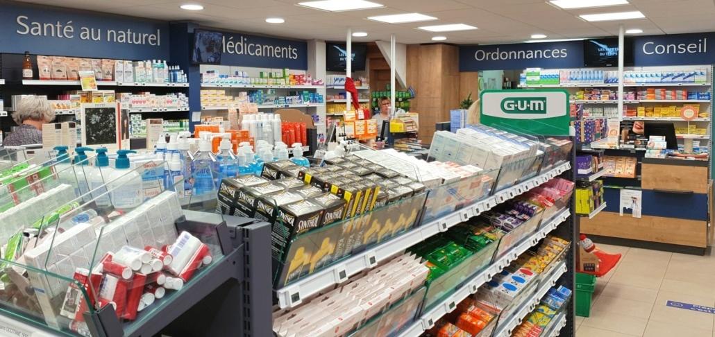 Communication intérieure posée dans une pharmacie sur l'Île de Ré