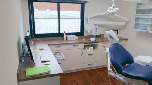 Arradon-cabinet dentaire-un aménagement Adeco Breizh