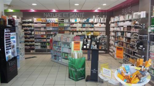 Lamballe-pharmacie-un aménagement Adeco Breizh 08